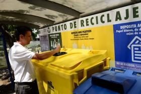 Gobierno estima que ley de fomento al reciclaje será aprobada antes de fin de año.